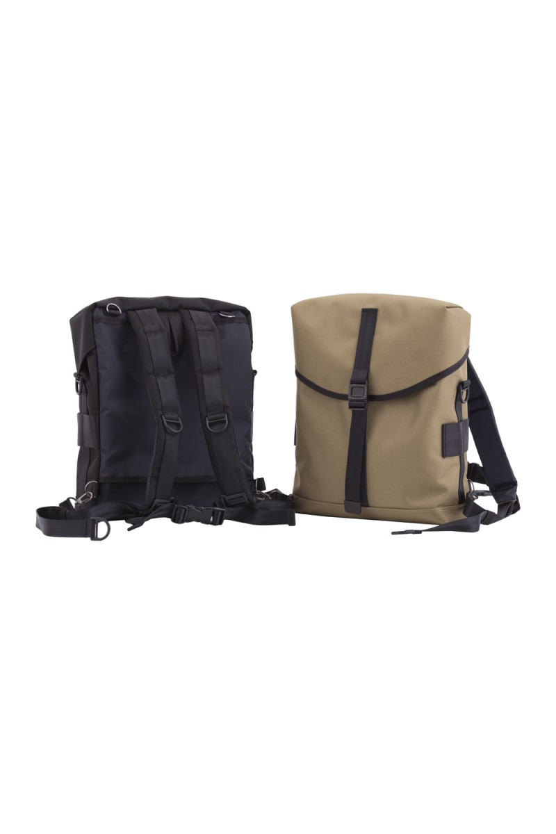 PR POUCH DAY PACK