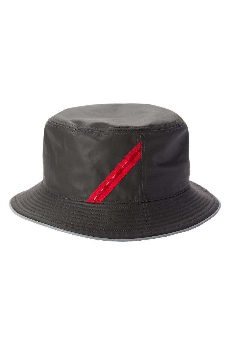 OILY HAT
